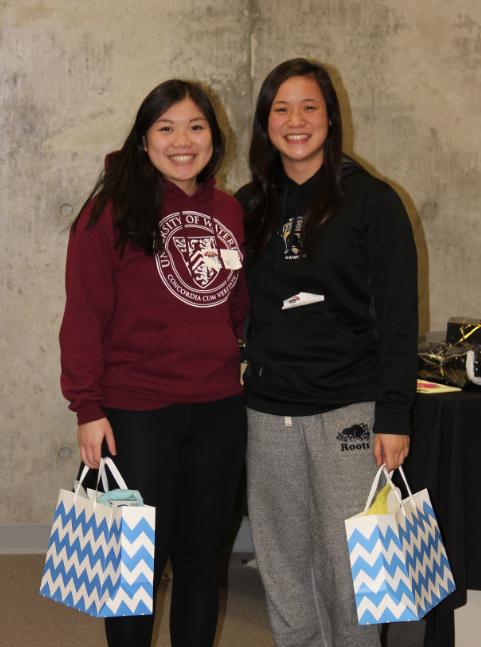 Syde Chicks holding hackathon prizes