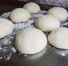 Stuffed potato cakes