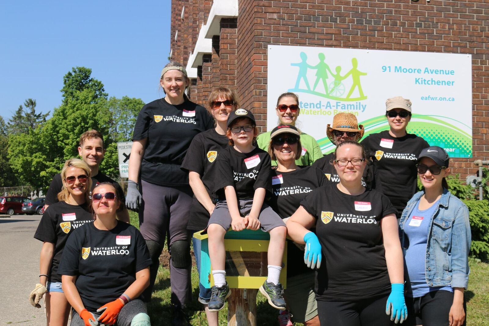 University of Waterloo Volunteers at Extend-A-Family Site
