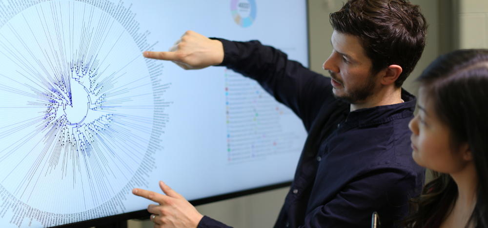 Annotating the Tree of Life - Andrew Doxey demonstrating his software