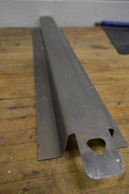 Formed rail lubricated with a PTFE spray (Kim, 2017)