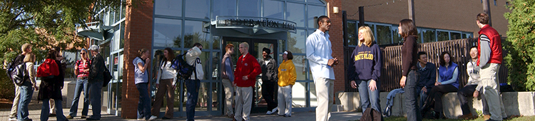 people talking outside of FED hall
