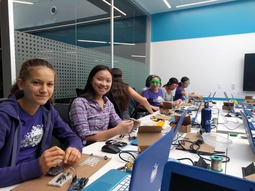 students working on arduino
