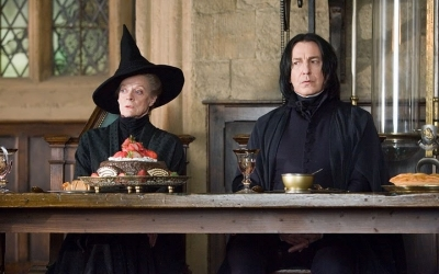 An image of 2 Hogwarts professors (Mcgonagall and Snape) sitting at the head table