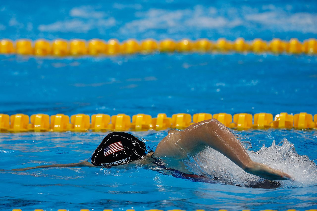 Katie Ledecky swimming front crawl